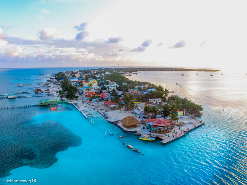 BELIZE (PART 1) – EXPLORING EXOTIC ISLANDS IN THE CARIBBEAN SEA